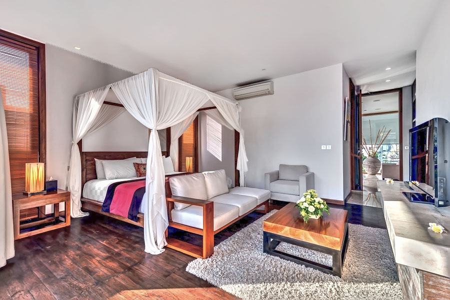 http://villadejiwa495.com/new/wp-content/uploads/2014/12/Bedroom-1a-3.jpg
